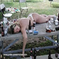 Homem bebado é feio mais mulher é mais ainda