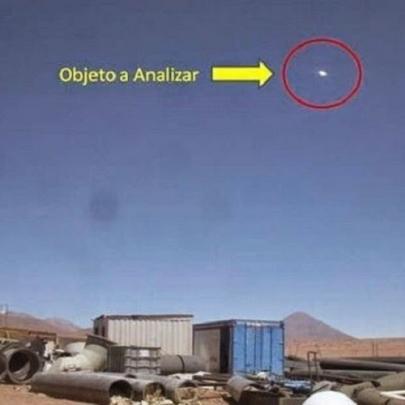 Objeto voador misterioso é visto no céu do C...