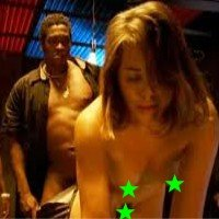 """Leticia Colin em cenas de sexo no filme \""""Boni..."""