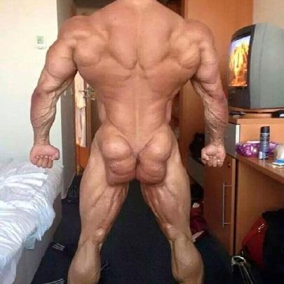 Os 10 homens mais musculosos e bizarros do mun...