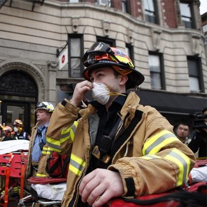 Veja estas assustadoras imagens do incêndio e...