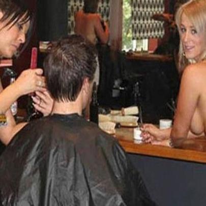 Indo cortar o cabelo na Austrália!