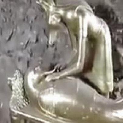 Incrível descoberta de Tumba repleta de ouro.