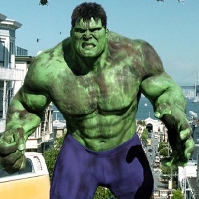 Porque a calça do Hulk nunca rasga?