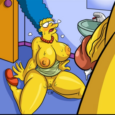Marge Simpson Valentine Hole